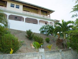 2 Bedroom Ocean View Accommodation -Unit #1