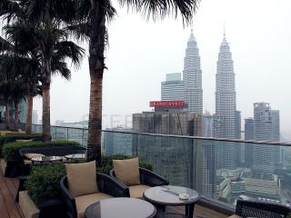 Amazing 2BD City View Condo + 5Mins to KLCC