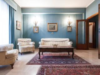 Classic Home in Rome