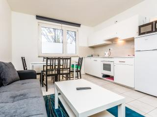 28f Holiday apartment for 7 in Cologne