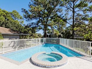Urchin Manor 3, 6 Bedrooms, Oceanview, Private Pool, Spa, Elevator, Sleeps 18, Hilton Head