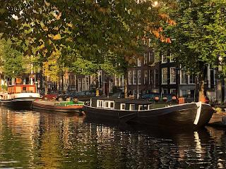 Houseboat Trijntje Amsterdam City Centre