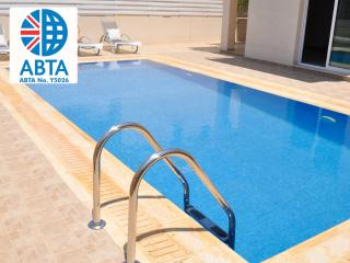 Oceanview Villa 173 - 3 bed with roof top patio, Protaras