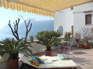 Casa Linda - central position, seaview to Capri., Praiano
