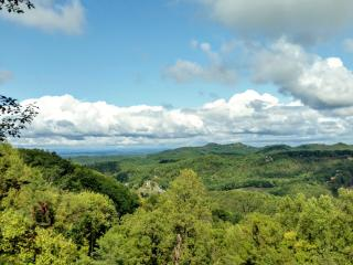 'Smoky Mountain Memories' BEAUTIFUL Mountain Views!! Private! Perfect Location!