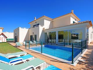 V5 Mendez - 5 Bedrooms Villa w/ Pool, Albufeira