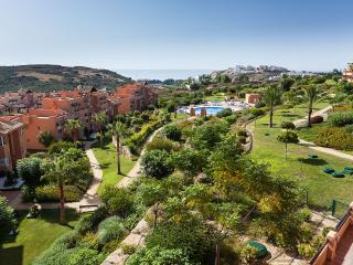 Luxury 2 bed 2 bath Penthouse Apartment Casares Del Sol Beach - Golf
