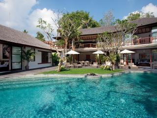 Villa Iskandar - an elite haven, 4BR, Seseh-Tanah Lot