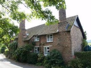 TUDOR COTTAGE BED AND BREAKFAST BOSSINGTON, Minehead
