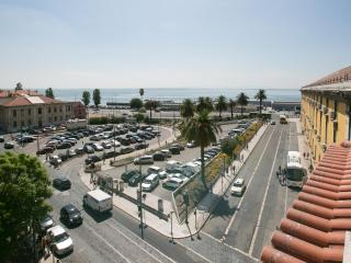 DOWNTOWN SEAVIEW APARTMENT, Lisbonne