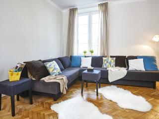 Apartment Brzozowa, Warsaw