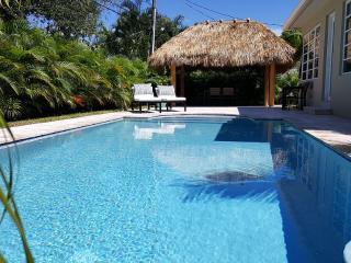 Atlantic Villa, 10 Min Walk To Beach, New Pool