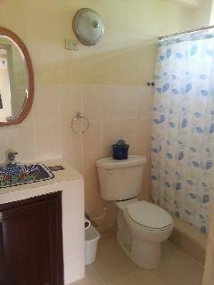 Bathroom of Aliyah's Room No. A 1