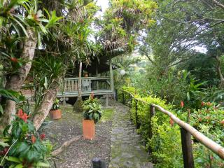 BEAUTIFUL COUNTRY COTTAGE- MINUTES FROM BOGOTA, Choachí