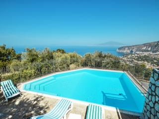 Amalfi Coast Villa Luli, private pool, sea view, free parking, wifi