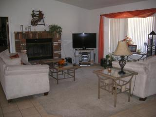 BEAUTIFUL 3 bd HOME CLOSE TO RIVER, LAKE CASINOS, Bullhead City