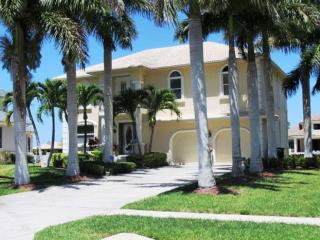 Executive Waterfront  Home, Marco Island