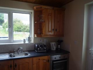 Fully Refurbished Two Bedroom Detached House, Spiddal