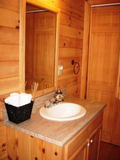 Main level hall bath (shower/tub combo, full size washer/dryer)