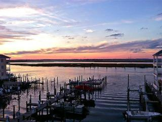 Sunset Bay Villa 312, Chincoteague Island