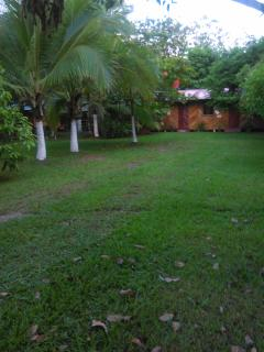 Palmeras Lodge Sandalo Pto Jimenez,bano privado,tv satelital,wfi,ventildores,parqueo priv,barbacoa