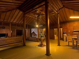 """Delightful Bungalow 1 Bedroom Villa, Umalas"""", Canggu"""