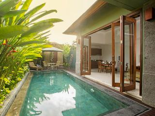 Omah Mutiara II By Bali Villas Rus - MODERN VILLA CLOSE TO SEMINYAK, Seminyak