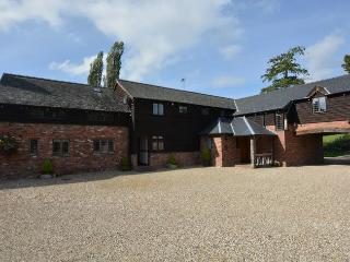 SESSL Barn situated in Welshpool (10mls SW)