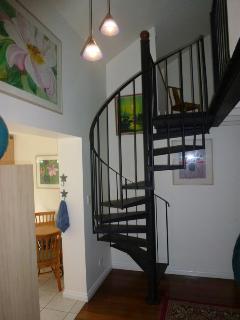 spiral stir case to bedroom and ensuite