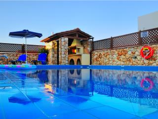 Luxury  Villa in Chania kalives