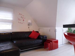 CASTEL MARETAK  Gezellig appartement WIFI/PARKING, Sint-Idesbald
