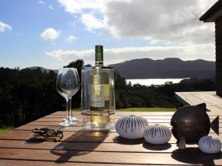 Special King bedroom, Waitapu sea views, superb, Whangaroa