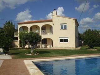 Finca Gran Sol - Spacious villa with lovely garden, Calpe