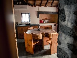Aldeia dos Caldeiroes - Casa Madeira