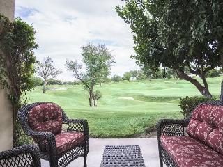 2BR Golf Course Condo in La Quinta – Sleeps 6