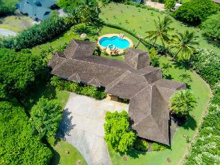 Awesome Custom West Maui view estate in Launiupoko, Nueva York