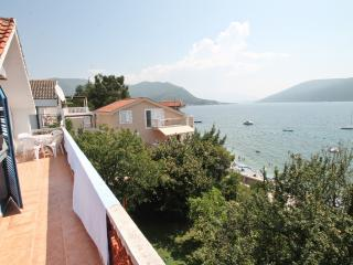 3 bedrooms 10 meters from the sea, Savina