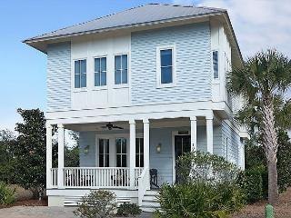Amazing 3br Pet Friendly Beach House with Free Beach Service & Bike Rentals, Santa Rosa Beach