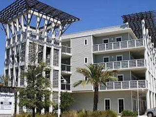 Cute, Quiet And Meticulously Kept Beach Condo. Enjoy Paradise!