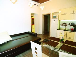 Q Apartment Odessa