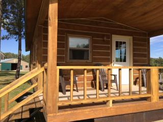 The Cabin at Dakota Dream B&B.  New in 2016!, Custer