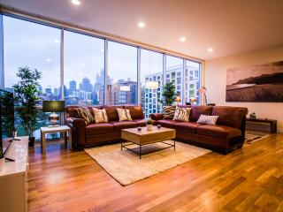 State of the Art Chicago Condo - Central Location