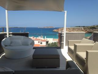 Luxury Penthouse Apartment, Cala Tarida
