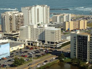 Ocean Key Resort: 1-BR, Sleeps 4, Full Kitchen, Virginia Beach