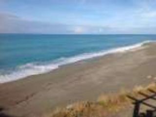 Porzione di villa esclusiva sul mare, Bonifati