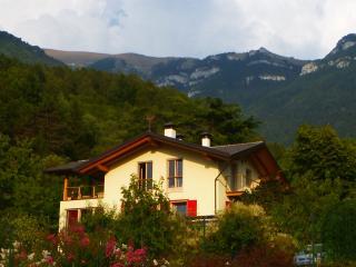 Casa dei sogni, vista Dolomiti, vicino Lago Garda, Cavedine