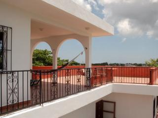 Dave's House - 2bdr Apartment - Vacation Rentals, Cozumel