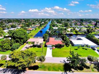 Yacht Club Neighborhood Close to Open Water, Cape Coral
