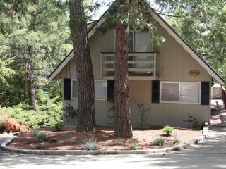 Pine Mountain Getaway ~Yosemite~Kid Friendly~Beach, Groveland