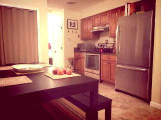 Awesome 2 Br Condo Rental! Location X3!!!, Denver